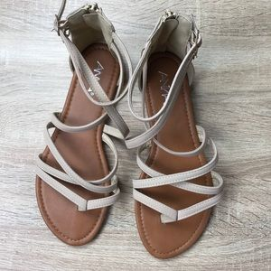 10db0b5c2 Anna Shoes - Anna Casey Strappy Flat Sandals NWOT